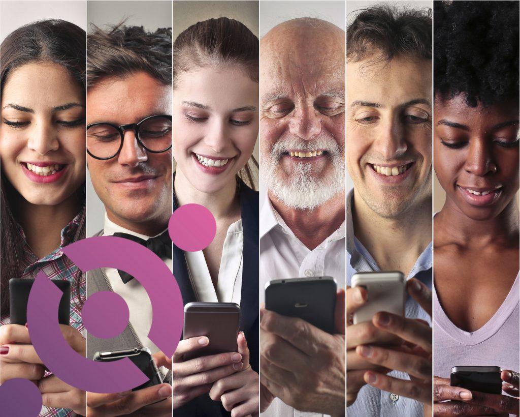 människor_tittar_i_mobiler